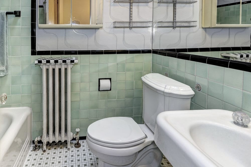 The only shelf is that tile on the radiator?!?